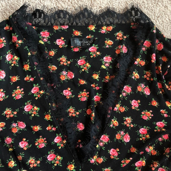 Topshop Tops - Top shop black a floral top with lace detailing